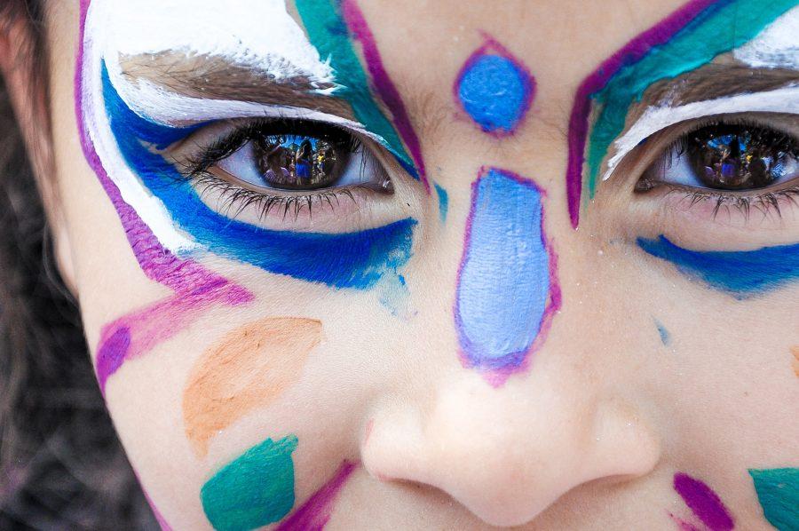 makeup-1909386_1920